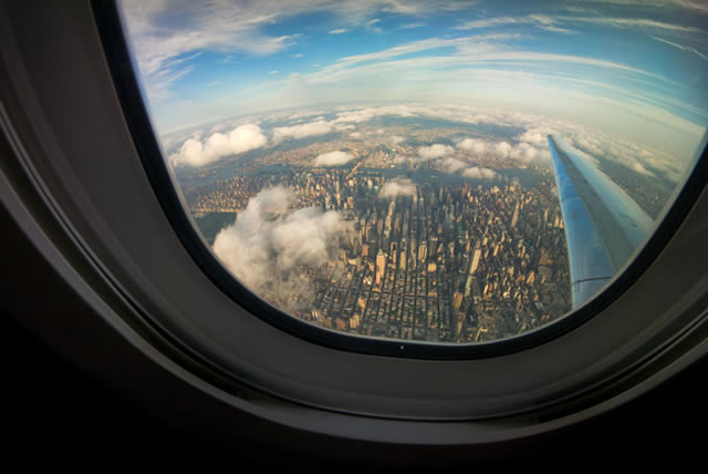 Vistas desde la ventanilla de un avión