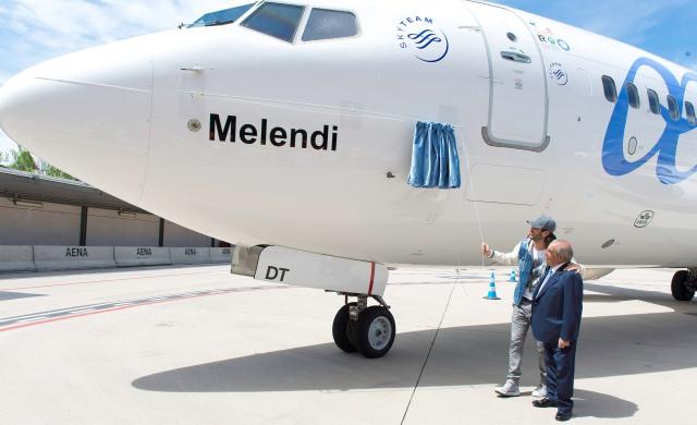AirEuropa bautiza un su avión Melendi